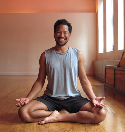 Brian Liem in Siddhasana
